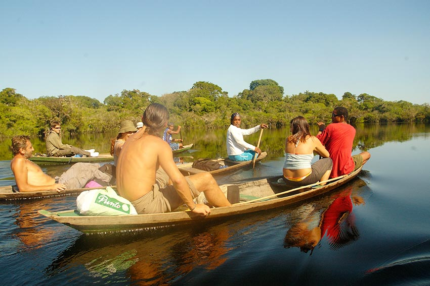 canoe-river-ecotourism-river-amazon forest