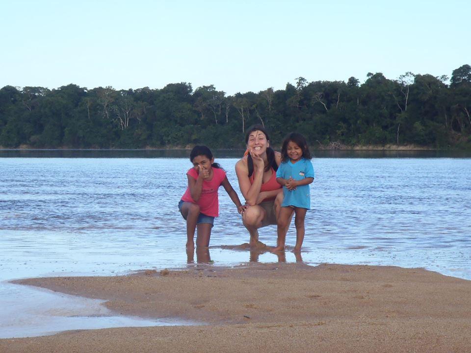 ecotourism-kids-river-amazon forest