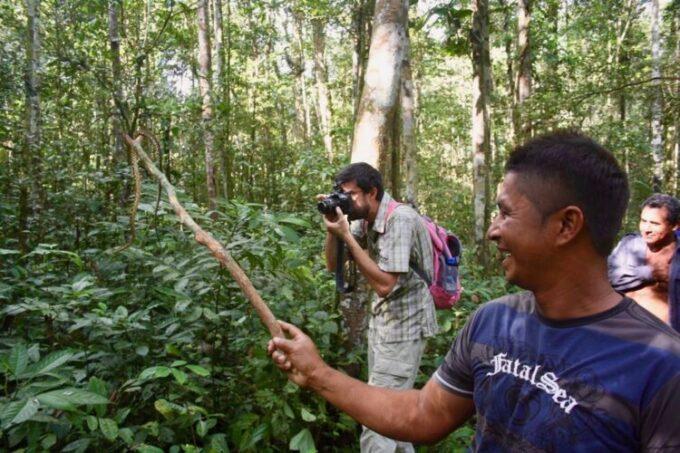 Amazon Trip Ecotourism-photografing-amazon forest-trip