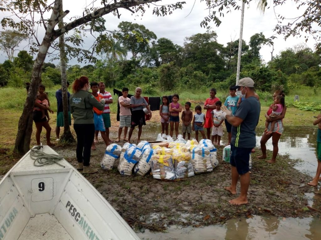 covid-supplies-people-amazon forest